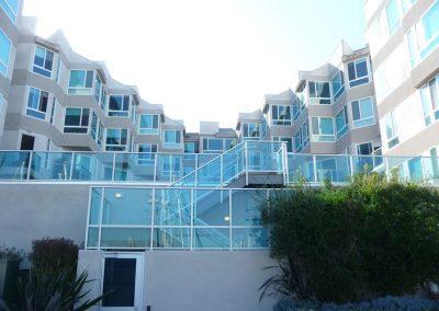 Esprit Marina Del Rey Glass Railing